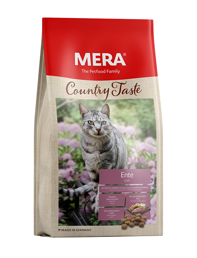 Cat food MERA Country Taste Duck dry food for the family cat