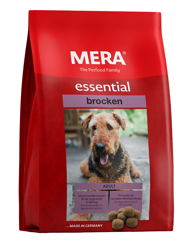 Dog food MERA essential  brocken for dogs with normal activity level